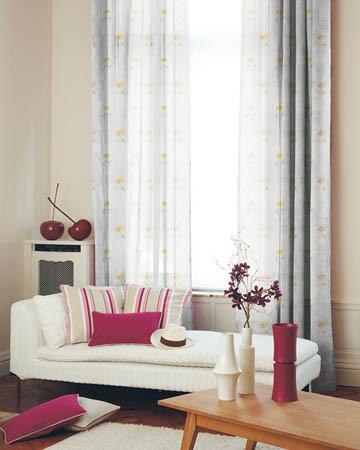 Illustration Orange Curtains