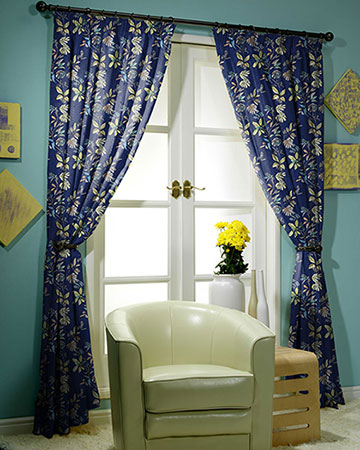 Prestigious Kew Royal Curtains