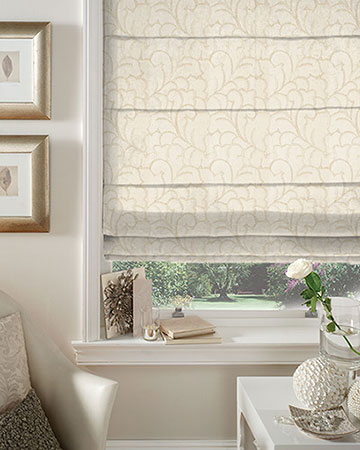 Orsay Tuilerie Brode Blanc Roman Blinds