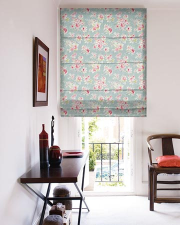 Studio G Rose Garden Aqua Roman Blinds