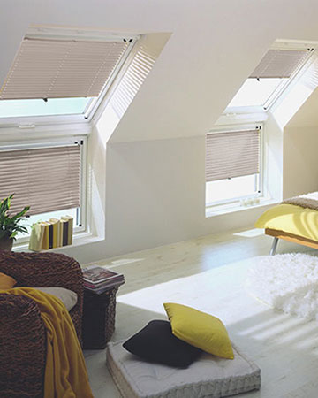 Pale Brown Venetian Velux