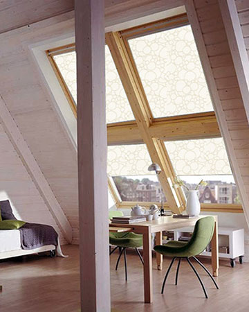 Pearl Oyster Blackout Velux