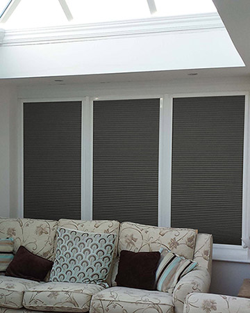 Neat Fit Black Aluminium Venetian Blinds