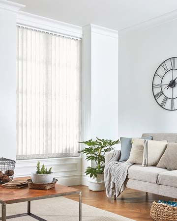 Louvolite Regency Spc White Vertical Blinds